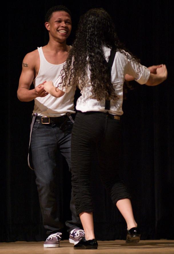 Eury Ortiz dancing